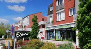 Enseigne Pharmacie du Chêne Maillard, à Orléans